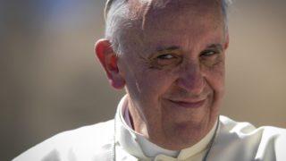 """Papa Francesco: """"L'inferno non esiste, la storia di Adamo ed Eva è solo una metafora"""""""