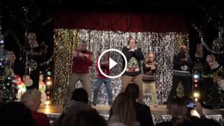 L'allegro balletto di Natale di 5 papà divertenti