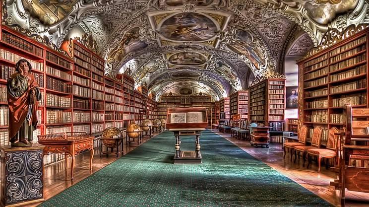 biblioteca-praga