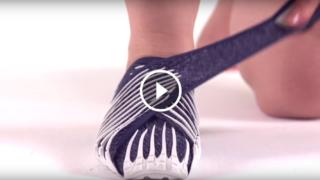 Comode e avvolgenti, le scarpe che si adattano al tuo piede