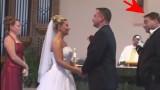 Che cosa avrà fatto il testimone dello sposo per far morire dal ridere tutta la chiesa?
