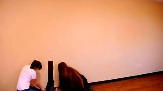 Decorano la parete con adesivi murali: COSA APPARIRA'?