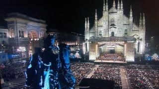 Milano e Bocelli, due meraviglie che cantano all'unisono