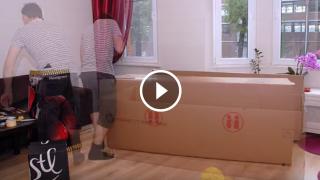 Un papà davvero ingegnoso, guardate cosa fa con questi scatoloni