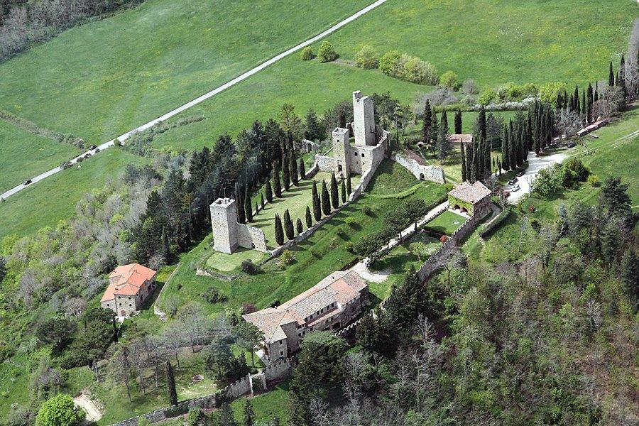 castello-di-romena1