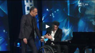 L'emozionante performance di Ezio Bosso a Sanremo 2016 che ha commosso l'Italia