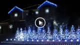 Giochi di luci di Natale di una casa in Texas