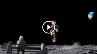 Il commovente spot di Natale del nonno che vive sulla luna