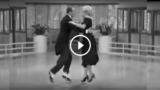 Ballerini di film d'epoca ballano l'Electro Swing di Parov Stelar