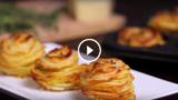 Sfoglie di patate al parmigiano. I tuoi invitati rimarranno estasiati.