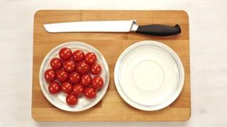 Come tagliare i pomodorini in 5 secondi