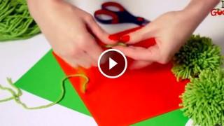 Come realizzare un albero di Natale con i pompon di lana