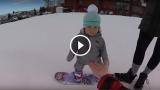 La bimba che stupisce il web: Sullo snowboard a 14 mesi
