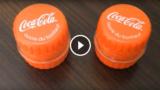 Piccoli contenitori fatti con i tappi delle bottiglie di plastica.