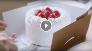 Come fare la torta di fragole e panna più gustosa del mondo