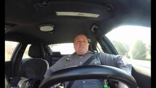 """Usa, un poliziotto canta e balla """"Shake It Off"""" e il dipartimento pubblica il video"""