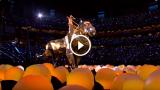 L'esibizione spettacolare di Katy Perry al Super Bowl 2015